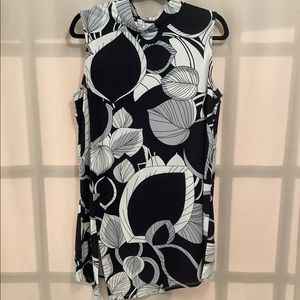 Cleo leaf print mock neck sleeveless tunic top with front slit